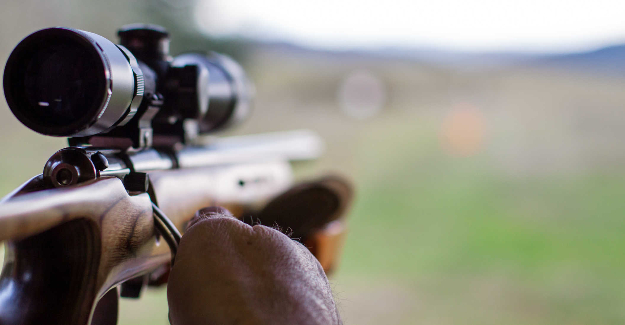 Man Fends-Off Armed Robbers with .22 Rifle
