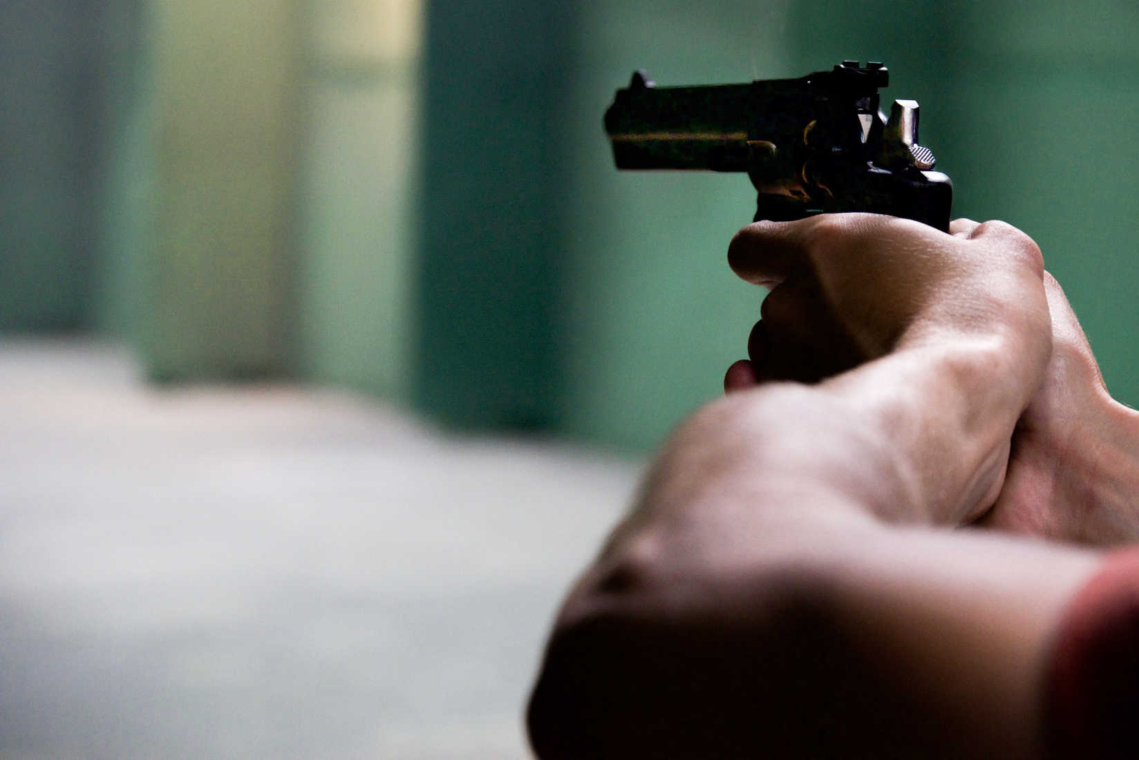 Dad of Three Holds Trespassers at Gunpoint in His Garage Until Police Arrive