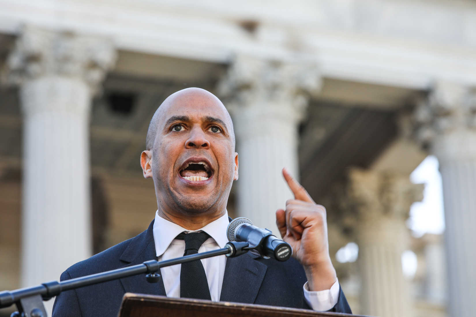 Cory Booker – Champion of National Gun Licensure Law – Ends Presidential Campaign